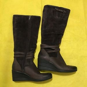 Ugg lesley brown boots size 7